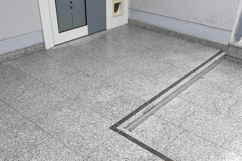 speer-naturstein_eingangsbereiche_neugestaltung-terrasse-eingangsbereich-3